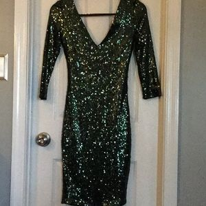 Green fully sequined dress
